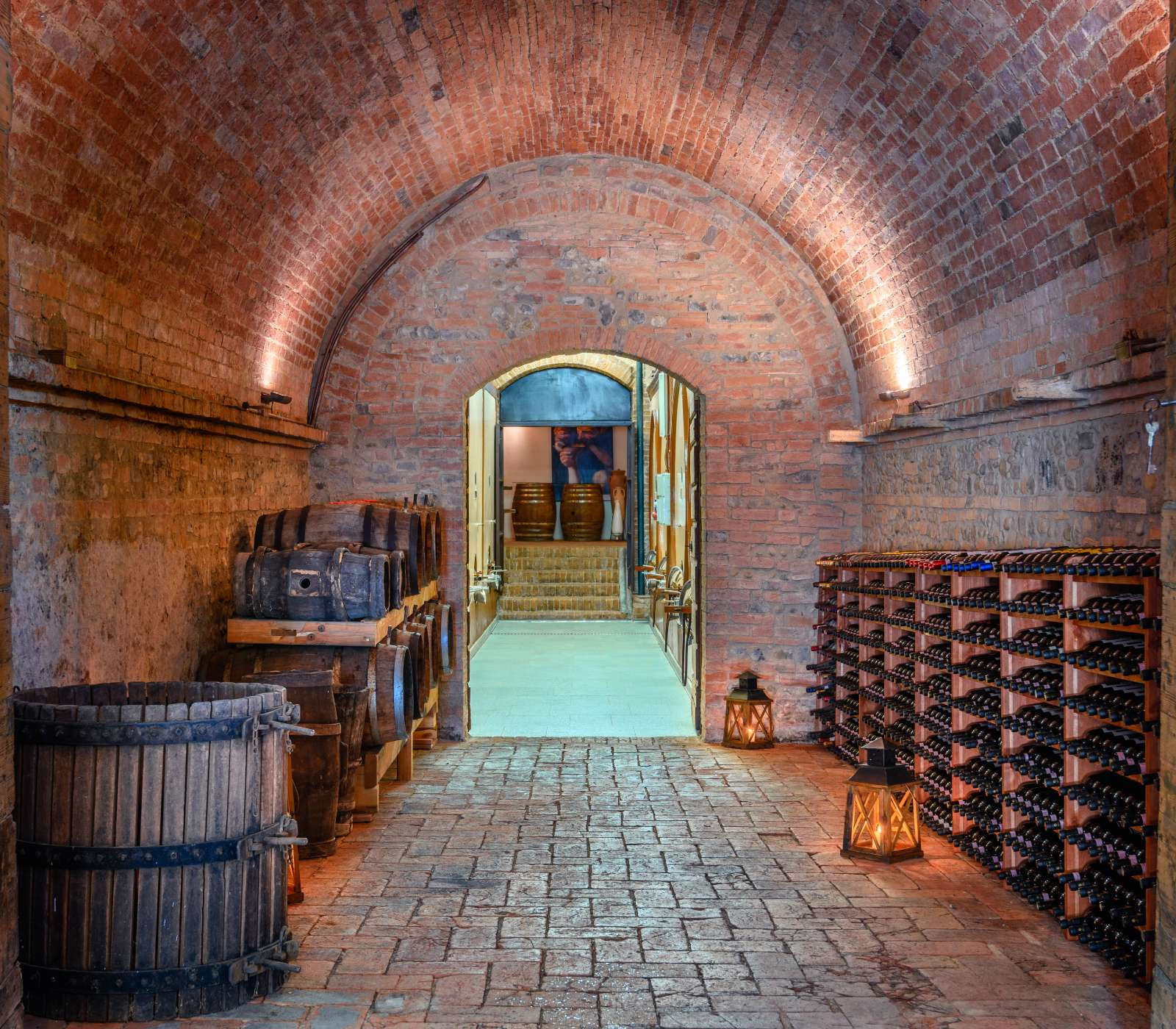 cellar in Chianti                      - img 1